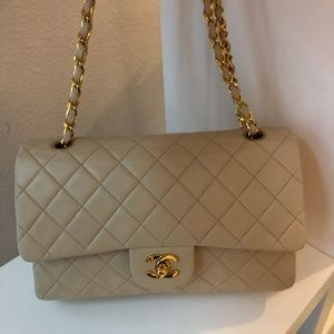 f69dc3ebd0c0 Women Medium Chanel Flap Bag Price on Poshmark